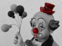 Funny Ballons Birthday Clown Cheerful Statuette